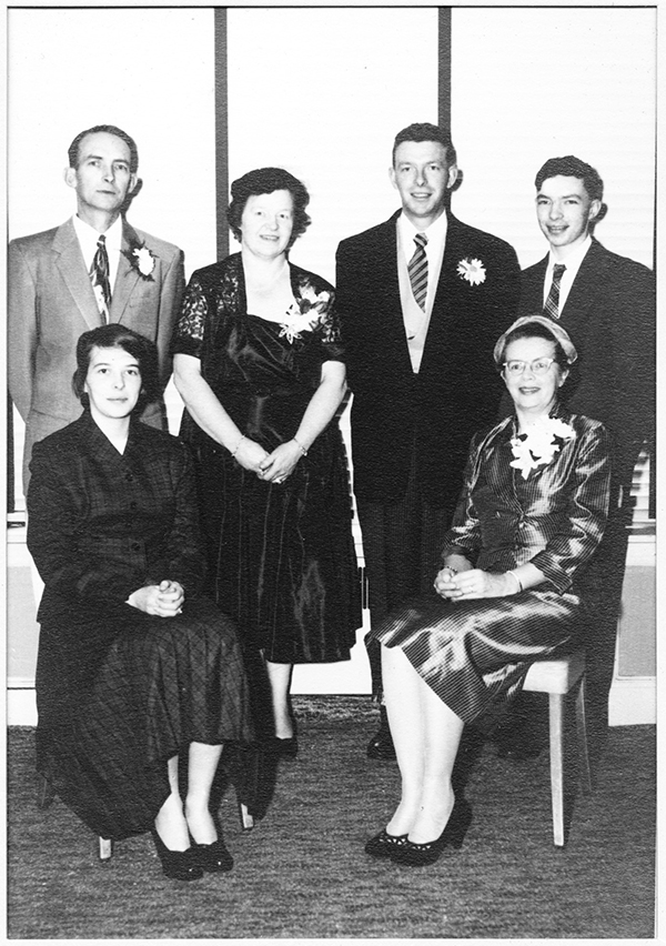 Running Mehuron's was a family affair. Elmer and Aurelia Mehuron with their sons Allen and Calvin. Seated on the left is daughter, Anne, and on the right is Elmer's sister,