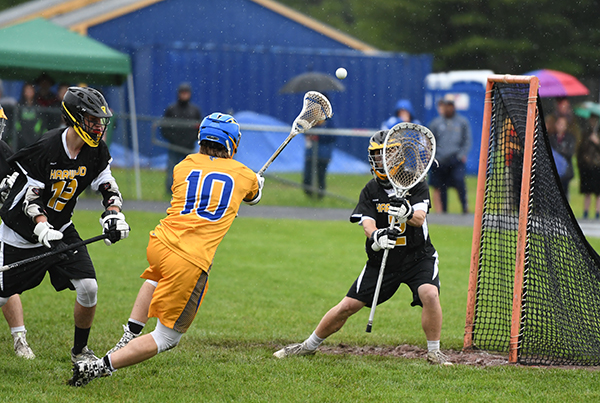 Harwood goalie Cameron Andrews made 13 saves in Harwood's 14-8 Division 2 semi-final win over Milton. Harwood eill play Stowe Friday in Burlington for the championship. Photo: John Williams
